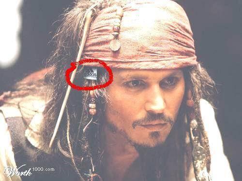 JACK SPARROW,, sulit ah namanya,,,, POKOK NYA INI KEANEH HAN SAAT IA SHOOTING Pirate of the Carribean. WOW ya :poop: