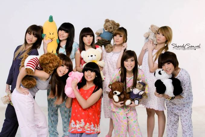 CherryBelle Indonesia :D Steffy Cherly Kezia Anisa Felly Angel Christy Ryn Gigi Chibi