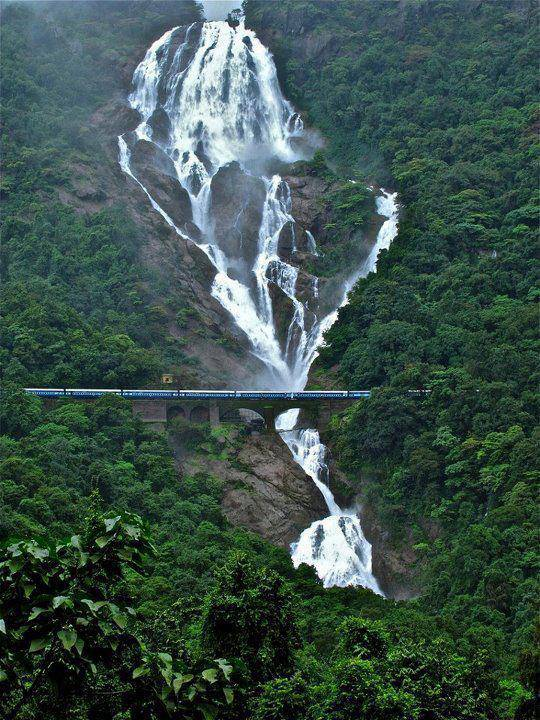 Goa-Karnataka border, India I think it is absolutley incredible... How many likes and shares for this???