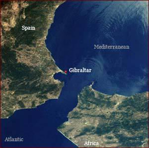 Dia membiarkan dua lautan mengalir yang keduanya kemudian bertemu. Antara keduanya tidak dilampaui masing-masing. (QS.Ar-Rahman : 19-20) ini adalah gambar satelit selat gibraltar, yang berada di antara negara Spanyol dan Maroko, Subhanallah.