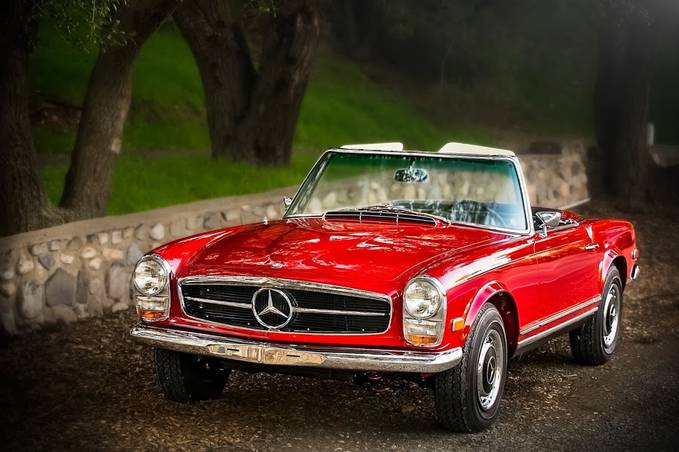 Foto profil Mercedes-Benz Mercedes-Benz 280 SL Pagoda (year of manufacture: 1968) in Trabuco Canyon, California. Photo: Royce Rumsey