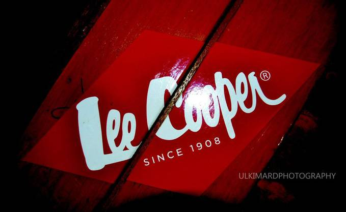 "The Lee Cooper brand was founded in England in 1908 by Morris Cooper and bills itself as ""The Fine English Denim Company Since 1908."