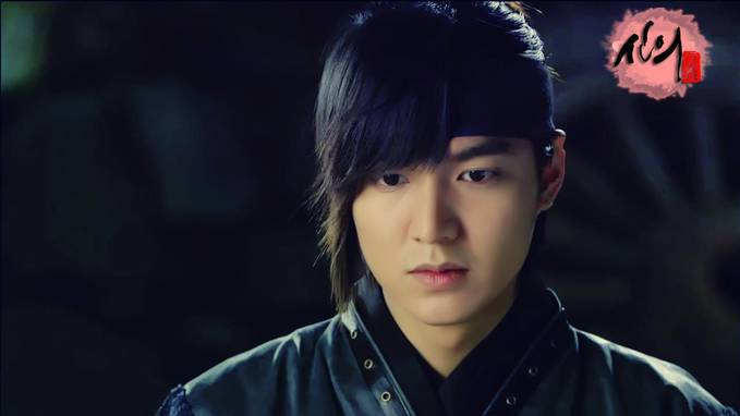 "Sooo, Cool Oppa Lee Min Ho in Drama ""Faith"" he looks as the real knight on it watch it on Indosiar ... as soon as be present"