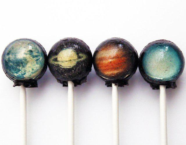 """Galactic Lollipops. """"What is the armament of the Lollipop??"""""""