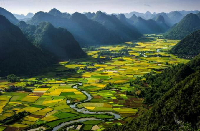 The Lost Valley Of Vietnam