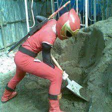 tumben power ranger bekerja untuk membangun tidak menolong orang yg sengsara......