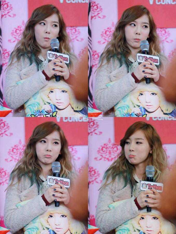 TaeYeon is so cute . Clikck WOW If You Love Taeng . Ayo SONE!!