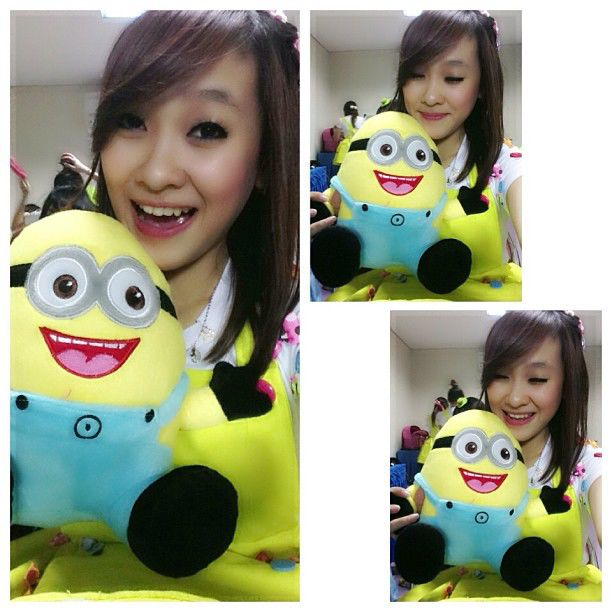 """kata felly: """"always smile with papoy. when im sad\ i just put the papoy in front of my face. keep smile papoy"""""""