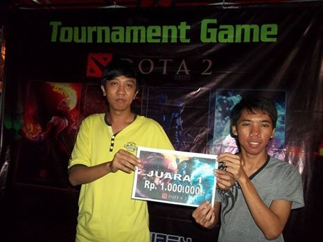 Congratz untuk Para Juara ya, Bro. Malam Penyerahan Hadiah Tourney Game Dota2 - Netizen Tuban Sabtu, tgl 20 Des 2014 Wifi Corner - Plasa Telkom Tuban https://www.facebook.com/media/set/â?¦ https://www.facebook.com/netizen.tuban
