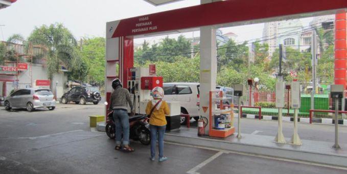"""""""Harga Pertamax Turun, Pertamina Prediksi Impor Premium Berkurang Satu Juta Barrel"""""""