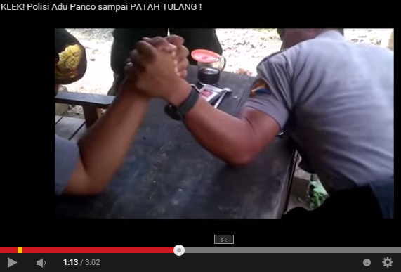 MENGERIKAN!! VIDEO ADU PANCO POLISI SAMPAI PATAH TULANG