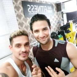 Dua Aktor Indonesia Ini GYM Bareng di DUO SHINE FITNESS