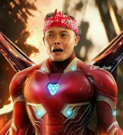 7 Foto Kocak Ketika Pelawak Indonesia Memerankan Sosok Superhero Terkenal