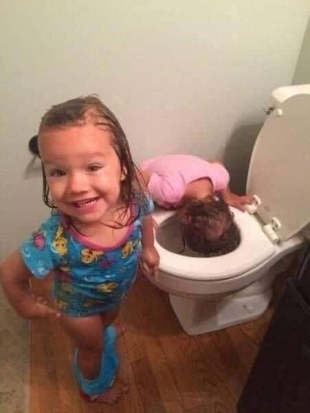 Mainan cuci muka di toilet ? bagoos!
