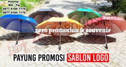 Souvenir Berkualitas dan Murah Payung Promosi Sablon Logo